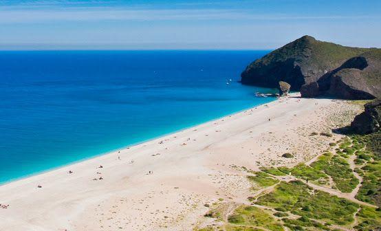 Playa de los Muertos Andalucía Keveran