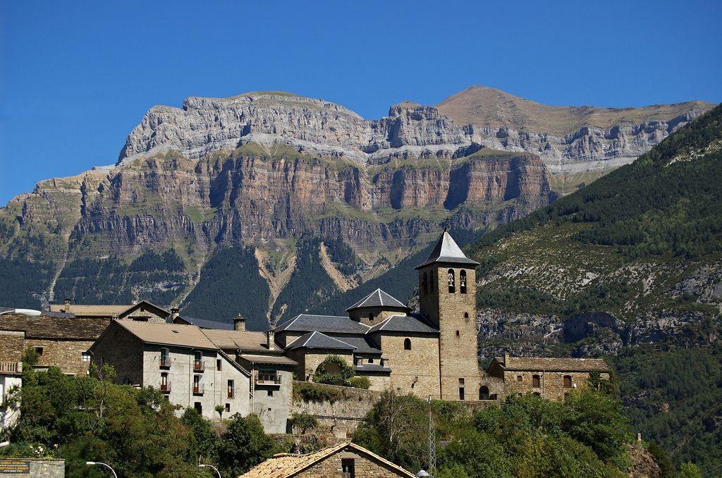 Keveran Torla Mejores Pueblos Pirineo Aragones